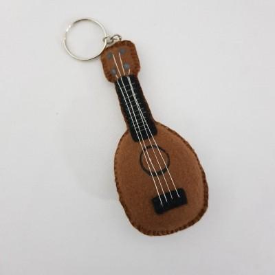 Chaveiro ukulele pineapple