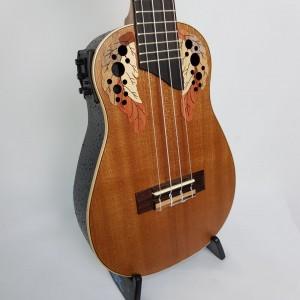 Ukulele Akahai Concert Akv 23E  Maho Solid Eletro-acustico
